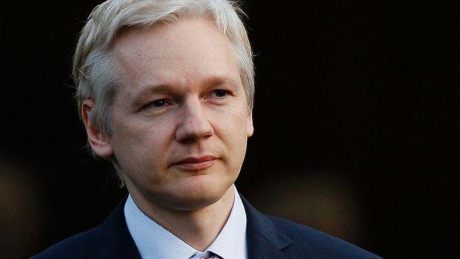 Julian-Assange31